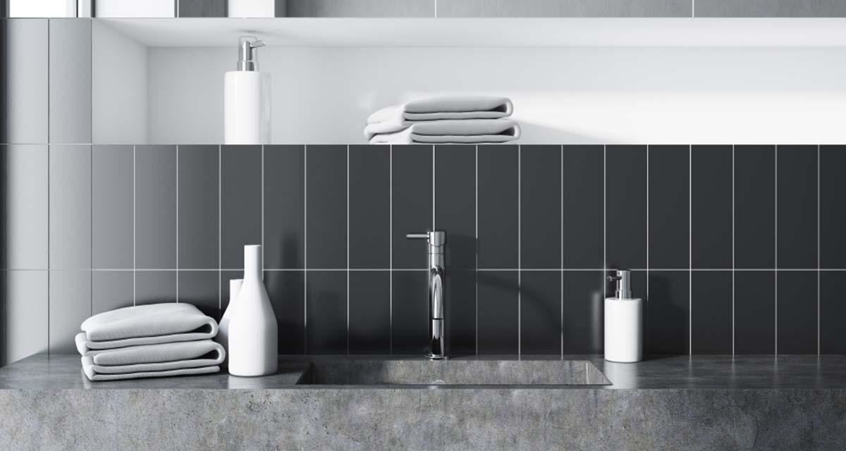 Gli smalti per piastrelle per rinnovare bagno e cucina