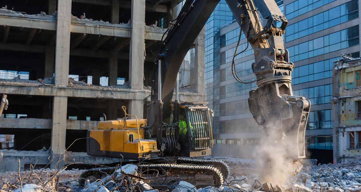 La demolizione selettiva per il riciclo dei materiali